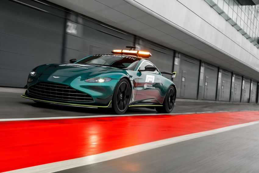 Aston Martin Vantage and DBX revealed as official Formula 1 safety and medical cars for 2021 season Image #1259319