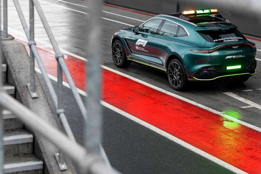 Aston Martin Vantage and DBX revealed as official Formula 1 safety and medical cars for 2021 season Image #1259326