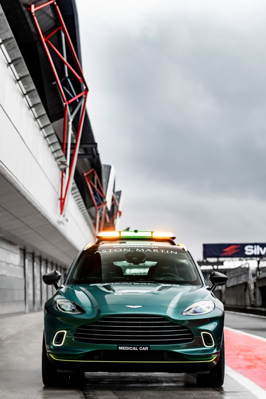 Aston Martin Vantage and DBX revealed as official Formula 1 safety and medical cars for 2021 season Image #1259331