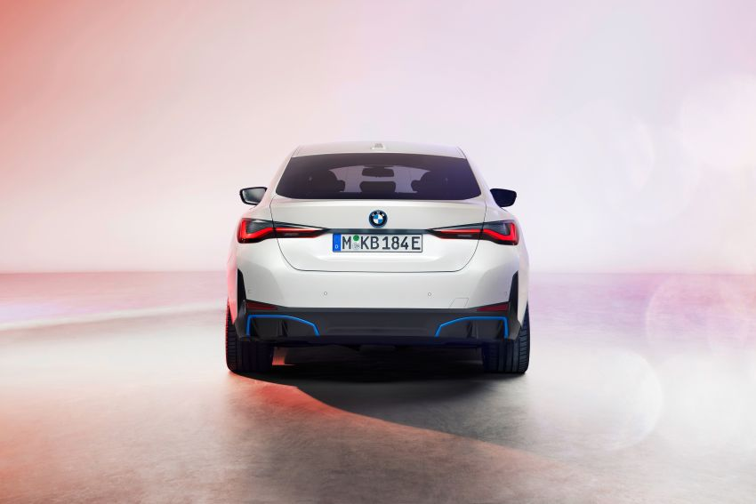 BMW i4 electric 4-door coupé revealed in first photos Image #1264696
