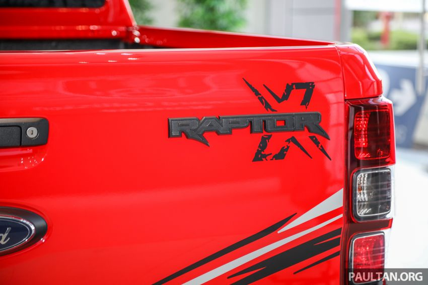 GALLERY: Ford Ranger Raptor X Special Edition in red Image #1258492