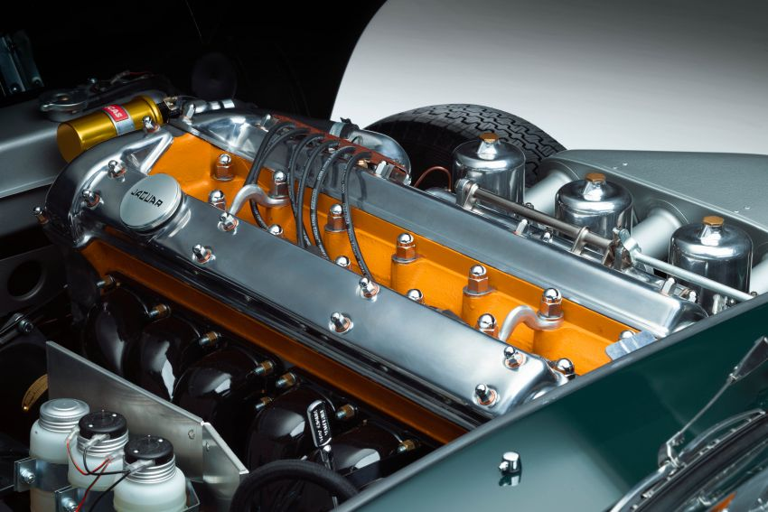 Jaguar E-type 60 Collection – icon turns 60; 12 units of restored coupé and convertible to be sold as pairs Image #1262900