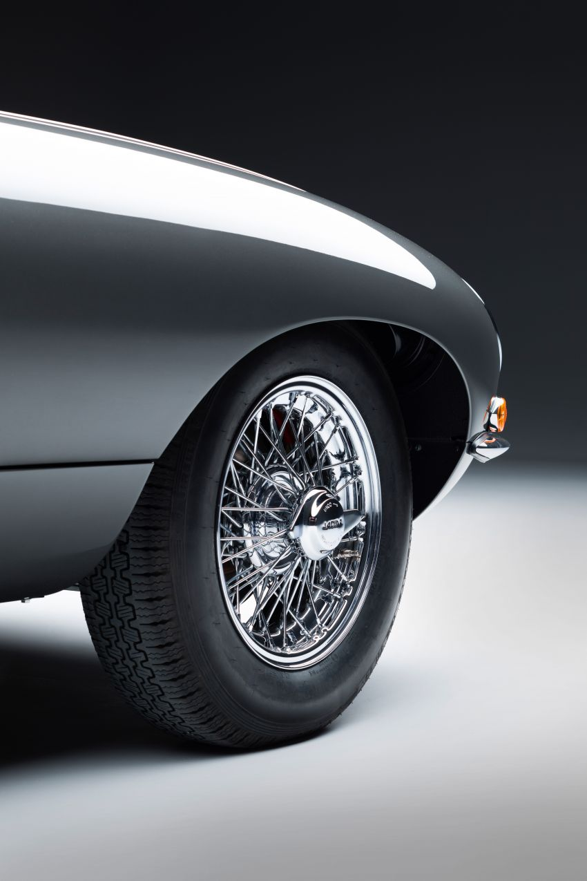 Jaguar E-type 60 Collection – icon turns 60; 12 units of restored coupé and convertible to be sold as pairs Image #1262904