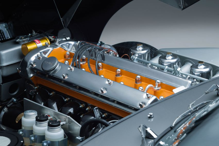 Jaguar E-type 60 Collection – icon turns 60; 12 units of restored coupé and convertible to be sold as pairs Image #1262907