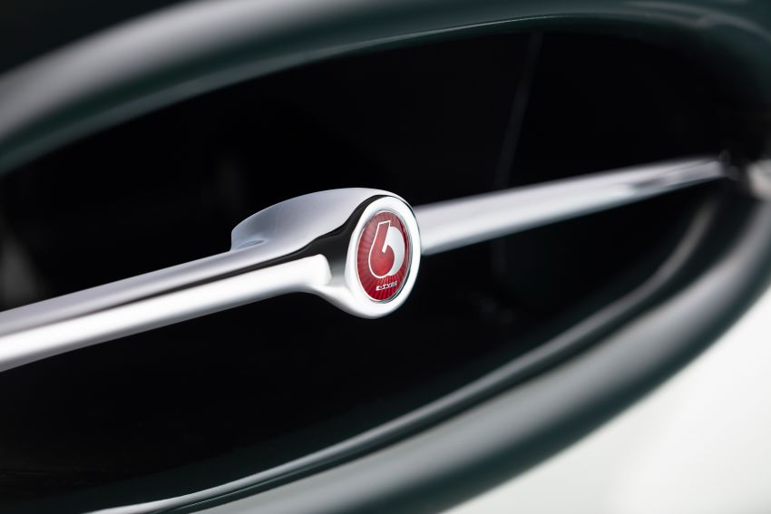 Jaguar E-type 60 Collection – icon turns 60; 12 units of restored coupé and convertible to be sold as pairs Image #1262914