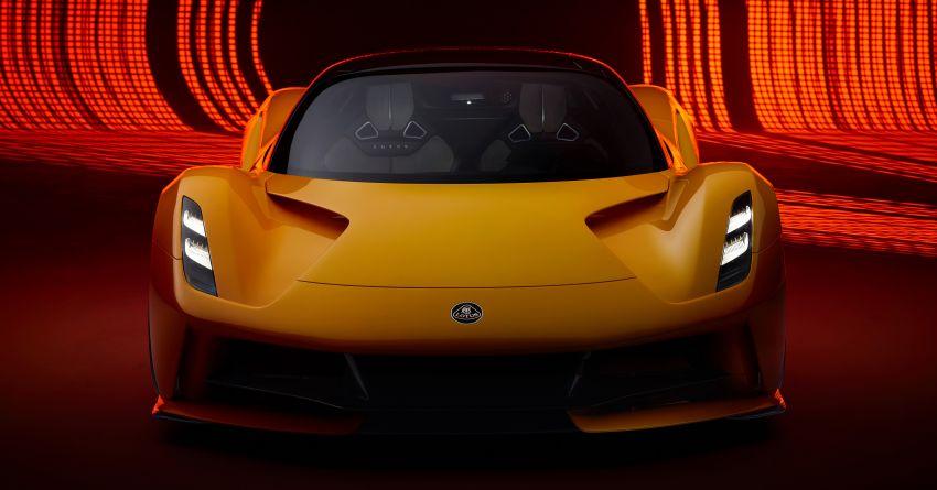 """Lotus Evija dapat """"bunyi enjin"""" palsu dari enjin V8 jentera F1 Type 49, hasil kerja produser muzik British Image #1263596"""