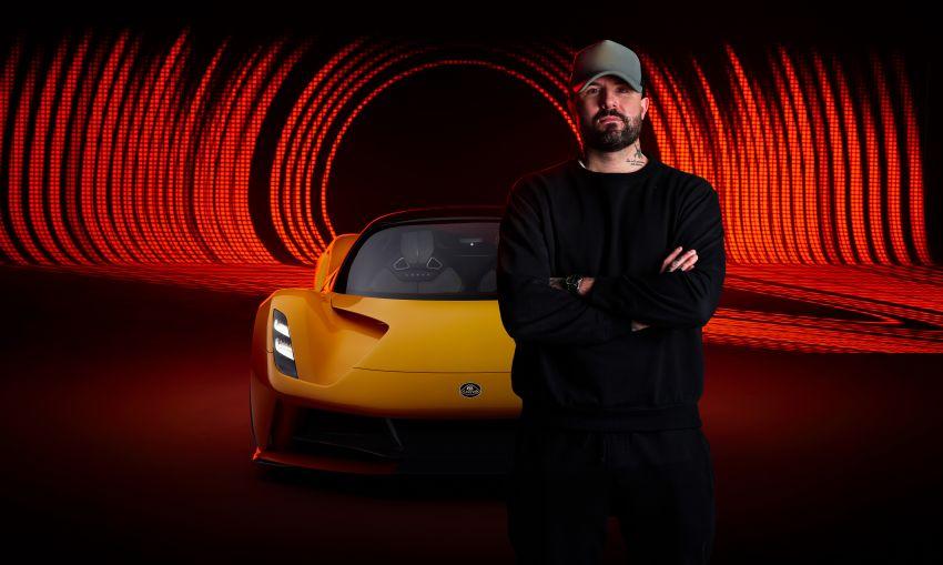 """Lotus Evija dapat """"bunyi enjin"""" palsu dari enjin V8 jentera F1 Type 49, hasil kerja produser muzik British Image #1263593"""