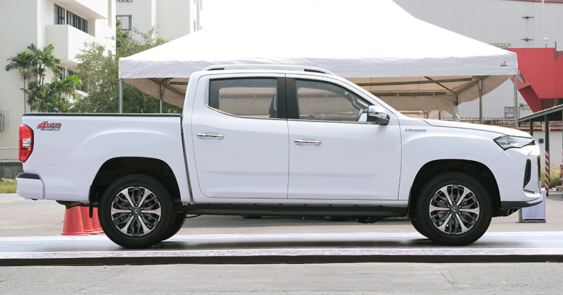 MG Extender facelift revealed in Thailand – rebadged Maxus T60 pick-up refreshed with radical new nose Image #1264183