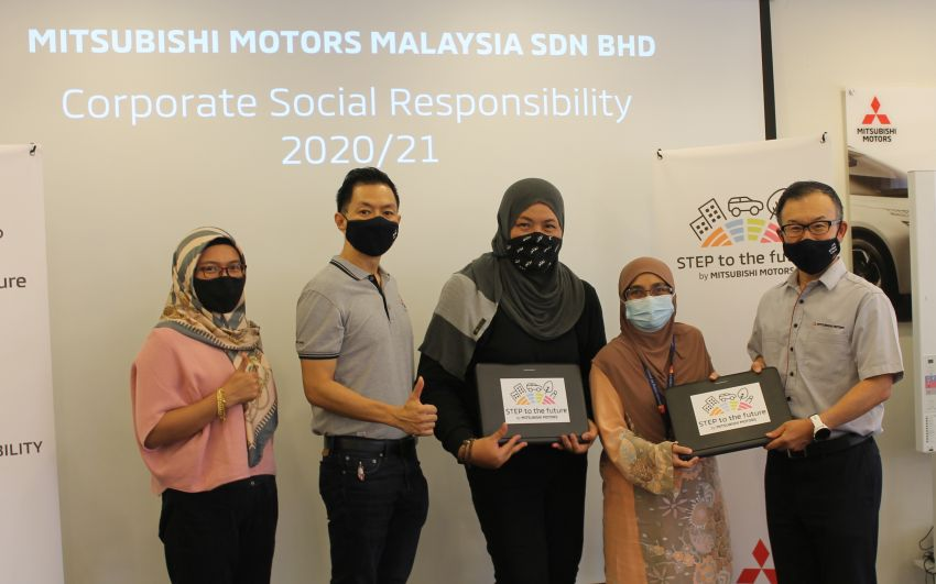 Mitsubishi Motors Malaysia donates laptops to welfare home and Arthritis Foundation, aids youth programme Image #1263291