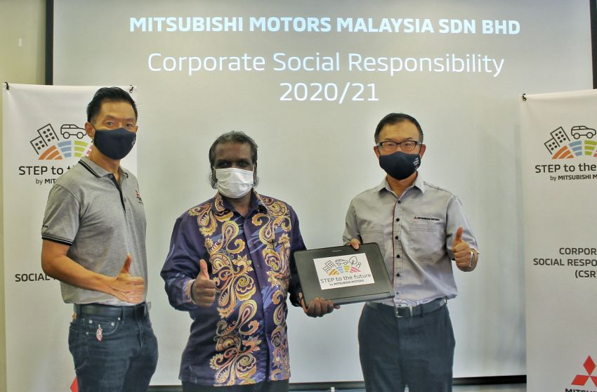 Mitsubishi Motors Malaysia donates laptops to welfare home and Arthritis Foundation, aids youth programme Image #1263288