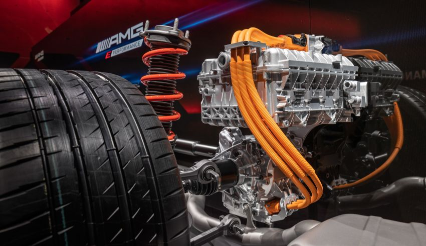 Mercedes-AMG E Performance strategy detailed – four-cylinder C63; powertrains with over 816 PS, 1,000 Nm Image #1271729