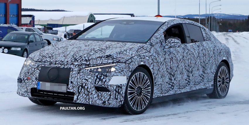 SPIED: Mercedes-Benz EQE with less camouflage Image #1265725