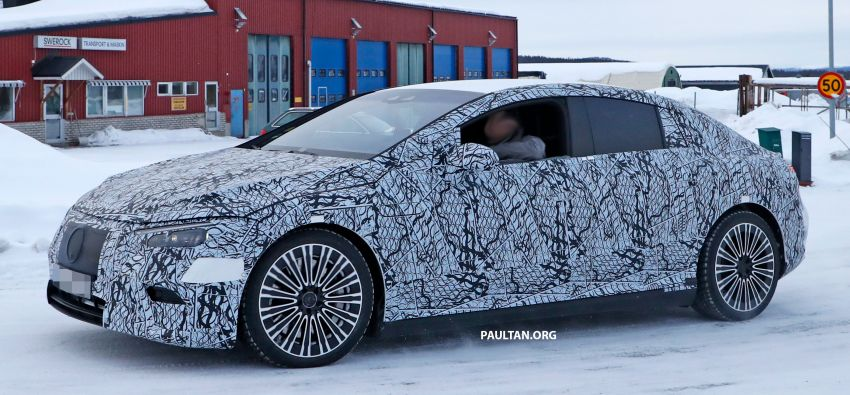 SPIED: Mercedes-Benz EQE with less camouflage Image #1265727