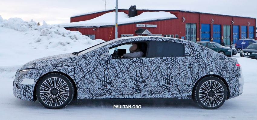 SPIED: Mercedes-Benz EQE with less camouflage Image #1265728