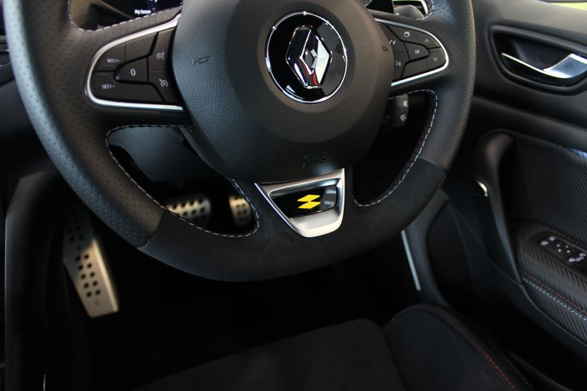 Renault Megane RS 300 Trophy facelift launched in Malaysia – 300 PS and 420 Nm, EDC auto only, RM326k Image #1269202