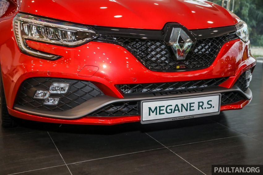 GALERI: Renault Megane RS 300 Trophy <em>facelift</em> tiba di Malaysia — 300 PS/420 Nm, EDC Auto, harga RM328k Image #1269135