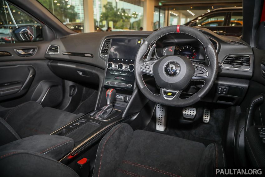 GALERI: Renault Megane RS 300 Trophy <em>facelift</em> tiba di Malaysia — 300 PS/420 Nm, EDC Auto, harga RM328k Image #1269173