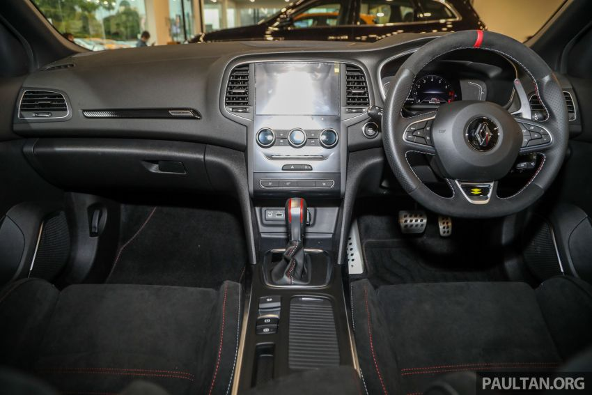 GALERI: Renault Megane RS 300 Trophy <em>facelift</em> tiba di Malaysia — 300 PS/420 Nm, EDC Auto, harga RM328k Image #1269155