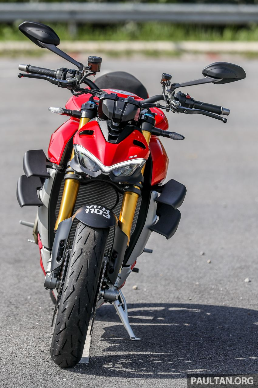REVIEW: 2021 Ducati Streetfighter V4S, RM145,900 Image #1286878
