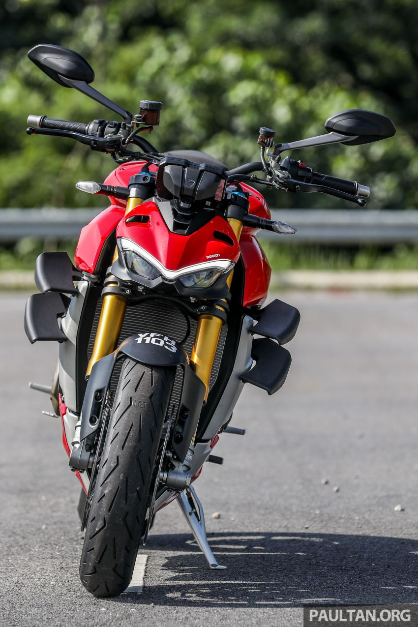 REVIEW: 2021 Ducati Streetfighter V4S, RM145,900 Image #1286879