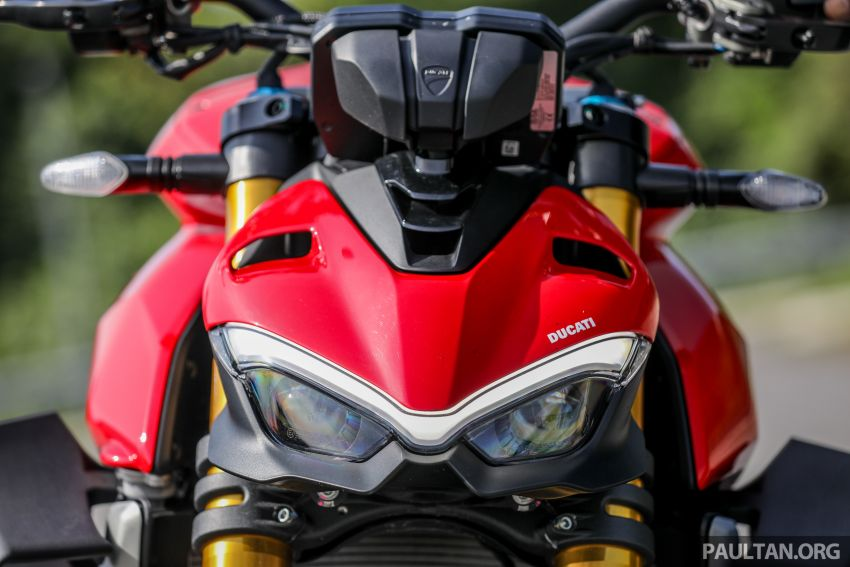 REVIEW: 2021 Ducati Streetfighter V4S, RM145,900 Image #1286888