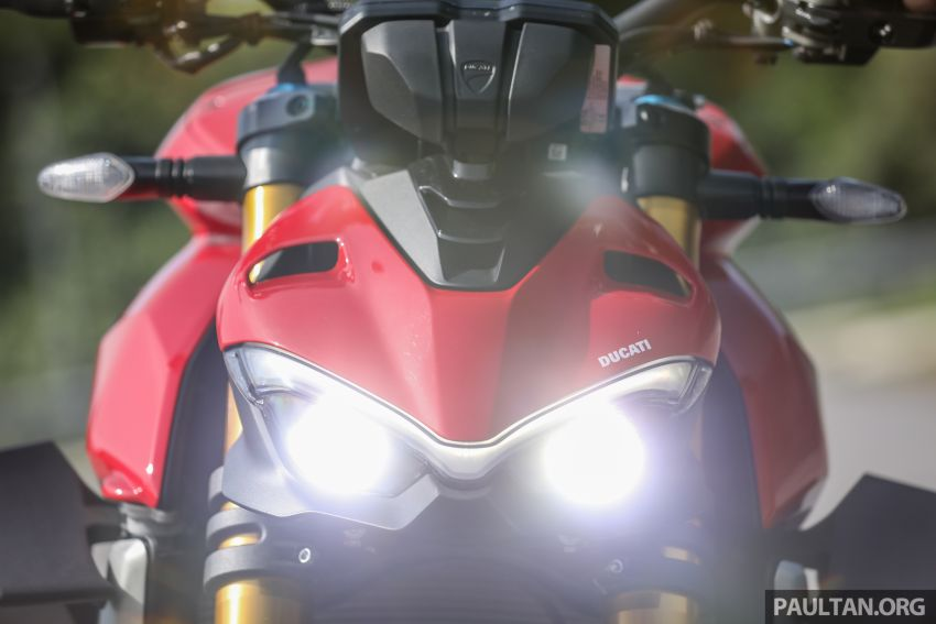 REVIEW: 2021 Ducati Streetfighter V4S, RM145,900 Image #1286890