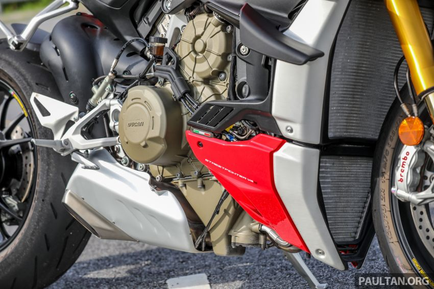 REVIEW: 2021 Ducati Streetfighter V4S, RM145,900 Image #1286894