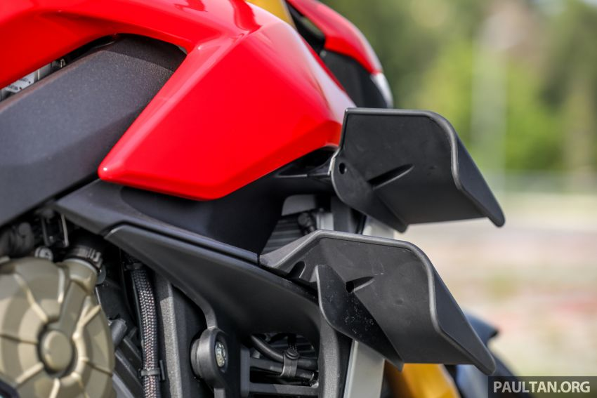 REVIEW: 2021 Ducati Streetfighter V4S, RM145,900 Image #1286900