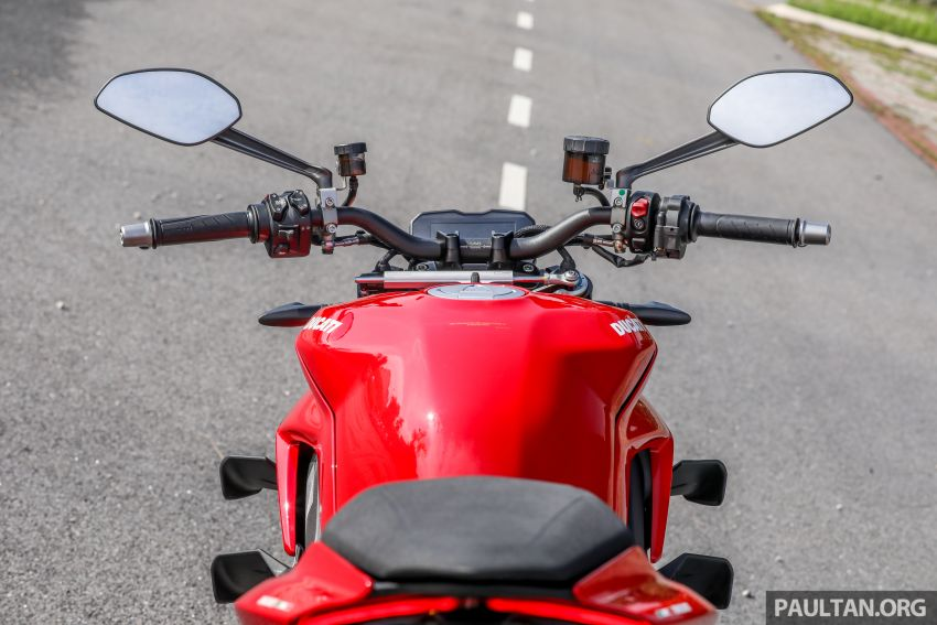 REVIEW: 2021 Ducati Streetfighter V4S, RM145,900 Image #1286915