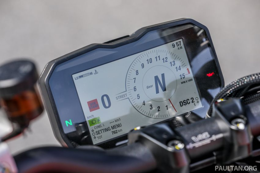 REVIEW: 2021 Ducati Streetfighter V4S, RM145,900 Image #1286923