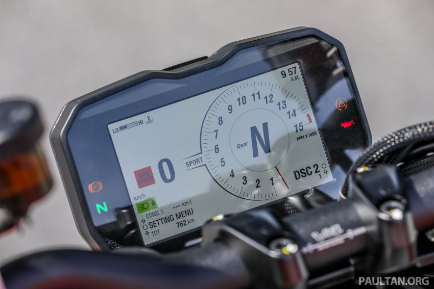 REVIEW: 2021 Ducati Streetfighter V4S, RM145,900 Image #1286924