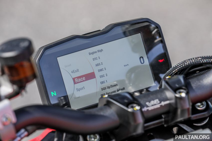 REVIEW: 2021 Ducati Streetfighter V4S, RM145,900 Image #1286925