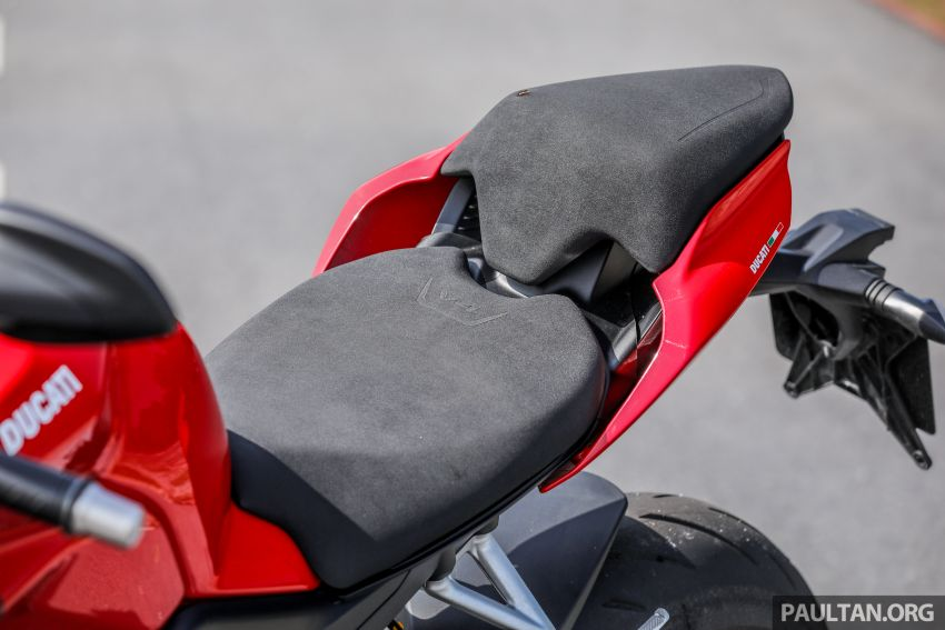REVIEW: 2021 Ducati Streetfighter V4S, RM145,900 Image #1286952