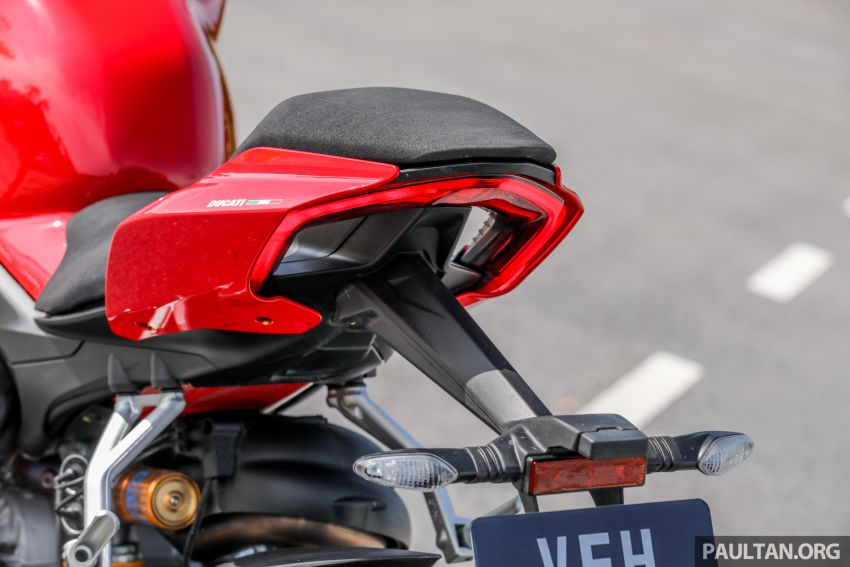 REVIEW: 2021 Ducati Streetfighter V4S, RM145,900 Image #1286957