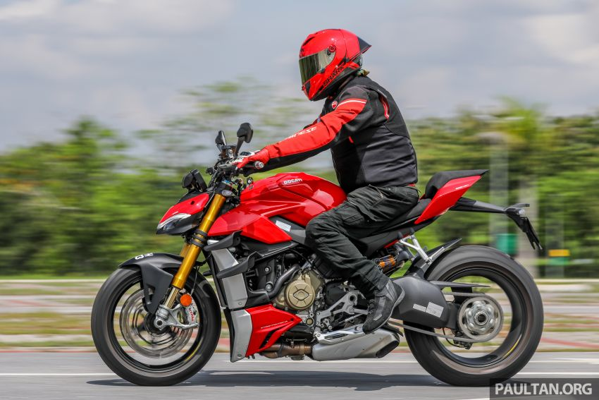 REVIEW: 2021 Ducati Streetfighter V4S, RM145,900 Image #1286959