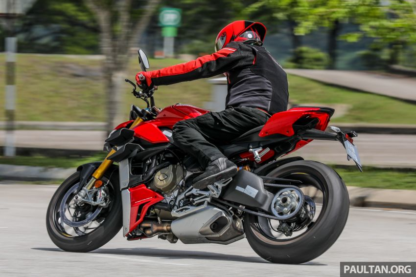 REVIEW: 2021 Ducati Streetfighter V4S, RM145,900 Image #1286963