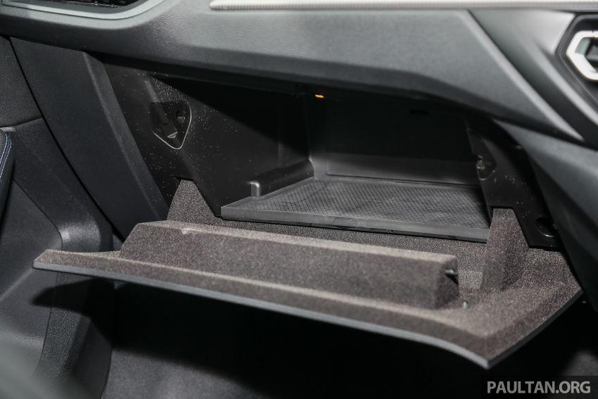 PANDU UJI: BMW 218i M Sport Gran Coupe memang menang gaya; prestasi pada skala sederhana Image #1274891
