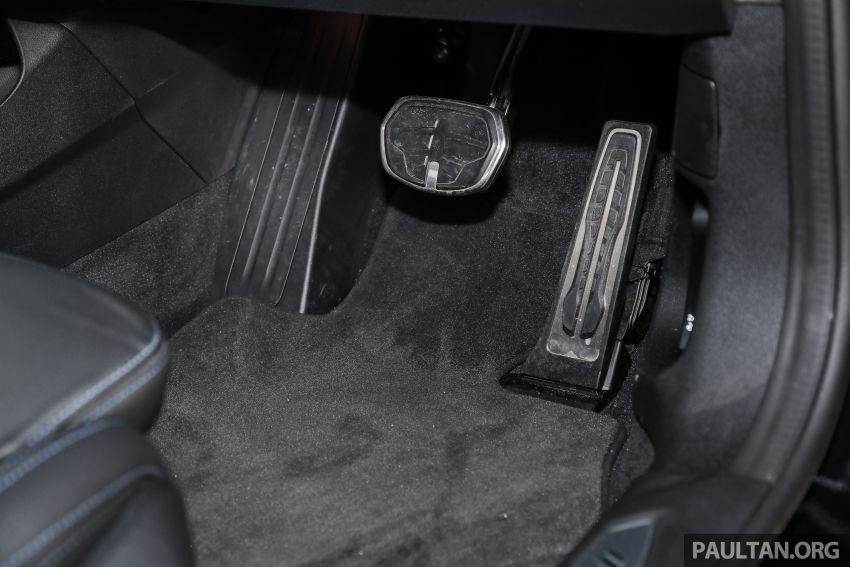PANDU UJI: BMW 218i M Sport Gran Coupe memang menang gaya; prestasi pada skala sederhana Image #1274903