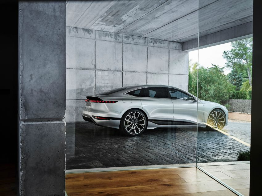 2021 Audi A6 e-tron concept debuts at Shanghai show – PPE-based EV, 100 kWh battery, up to 700 km range! Image #1283668
