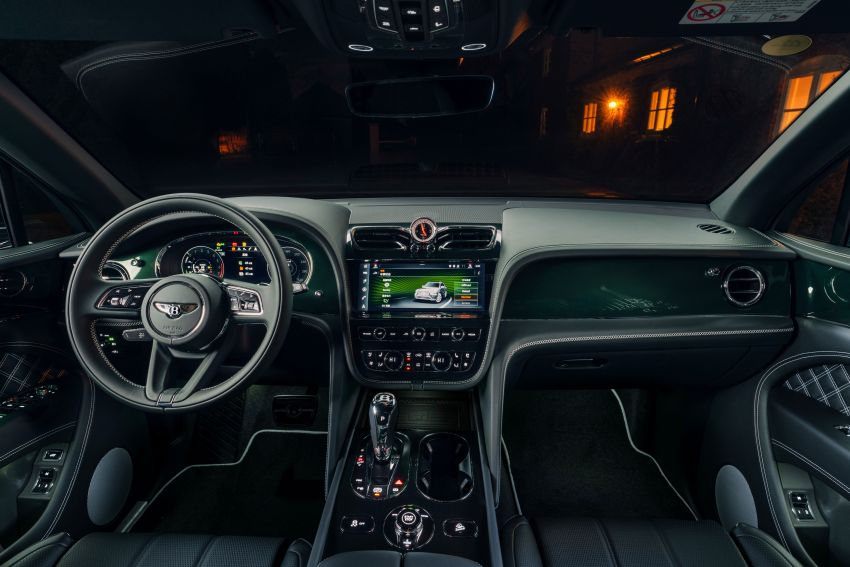 Bentley Bentayga Hybrid by Mulliner – one-off special for a customer in China, Viridian theme inside and out Image #1272384