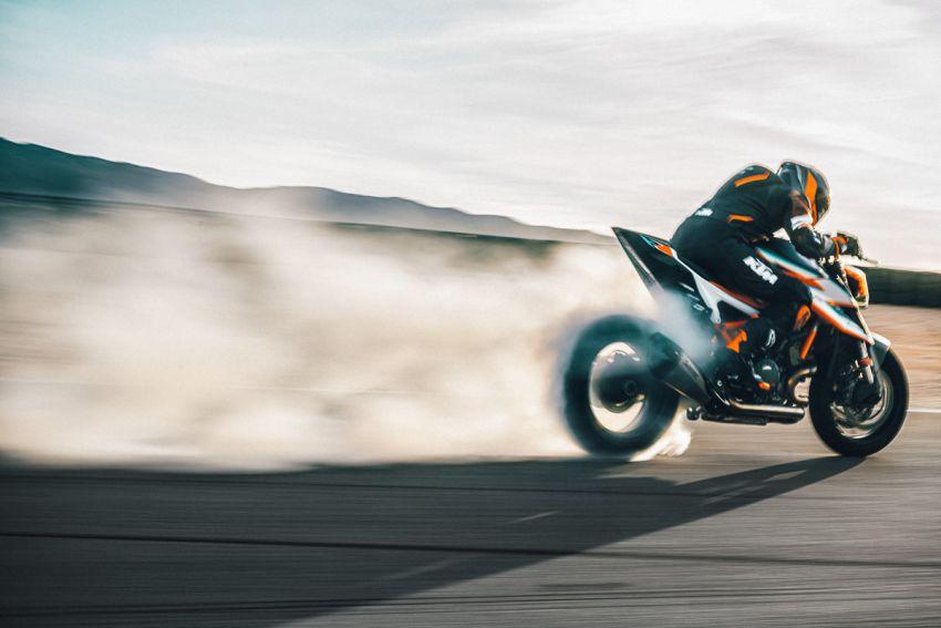 2021 KTM 1290 Super Duke RR limited edition – with carbon-fibre bodywork and enhanced electronics Image #1274787