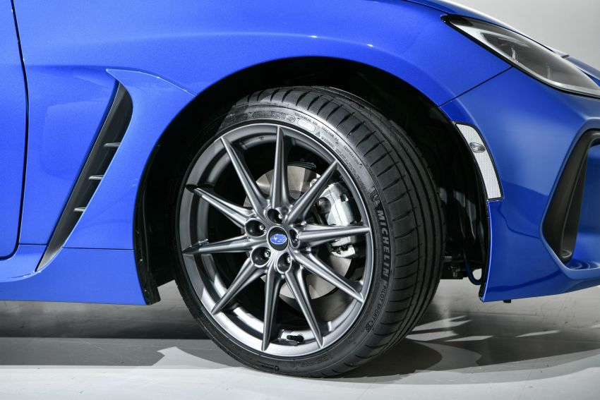2021 Subaru BRZ revealed for Japan – 2.4L boxer four-cylinder with 235 PS; AT and MT; STI accessories Image #1273753