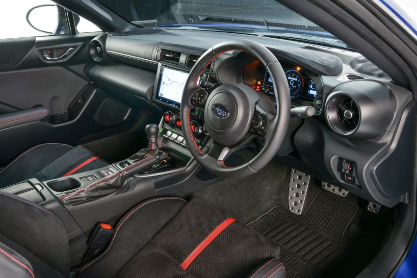2021 Subaru BRZ revealed for Japan – 2.4L boxer four-cylinder with 235 PS; AT and MT; STI accessories Image #1273760