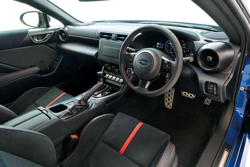 2021 Subaru BRZ revealed for Japan – 2.4L boxer four-cylinder with 235 PS; AT and MT; STI accessories Image #1273788