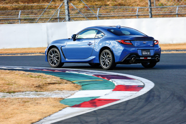 2021 Subaru BRZ revealed for Japan – 2.4L boxer four-cylinder with 235 PS; AT and MT; STI accessories Image #1273793