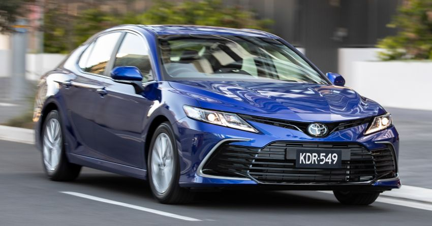 2021 Toyota Camry facelift officially launched in OZ – subtle nip and tuck, 2.5L hybrid with 218 PS, fr RM99k Image #1279497