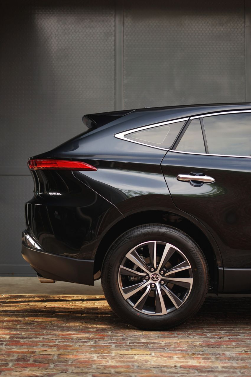 2021 Toyota Harrier launched in Malaysia – TNGA platform, single 2.0L NA CVT variant, RM249,707 Image #1275754