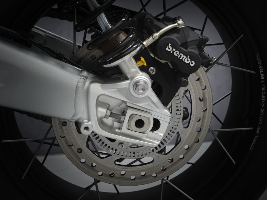 2021 Triumph Scrambler 1200 Steve McQueen Edition unveiled, Scrambler 1200 XC and XE get Euro 5 update Image #1278917