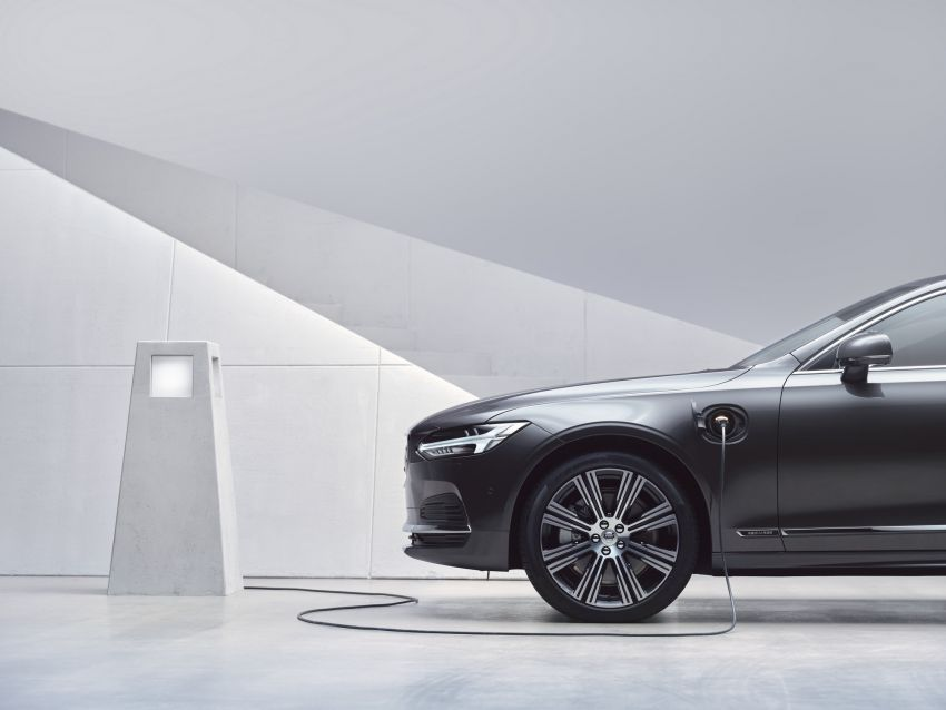 2021 Volvo S90 facelift launched in Malaysia – two variants; Recharge T8 Inscription Plus from RM339k Image #1285765