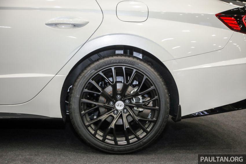 Hyundai Sonata Bob G Edition on display at ACE 2021 – black decals, 19-inch wheels, no change in price Image #1283081